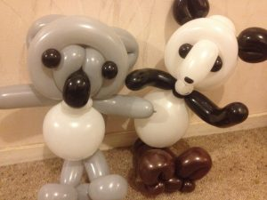 buzzy-as-balloon-twisting-panda